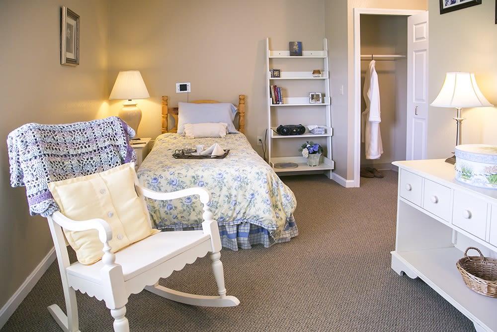 memory care bedroom suite at Randall Residence of Wheelersburg in Wheelersburg, Ohio