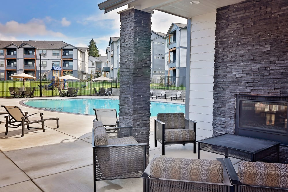 Enjoy Apartments with a Swimming Pool & Outdoor Lounge at The Boulevard in Philomath, Oregon
