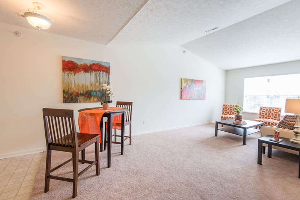 A dining room at Silver Lake Hills in Fenton, Michigan