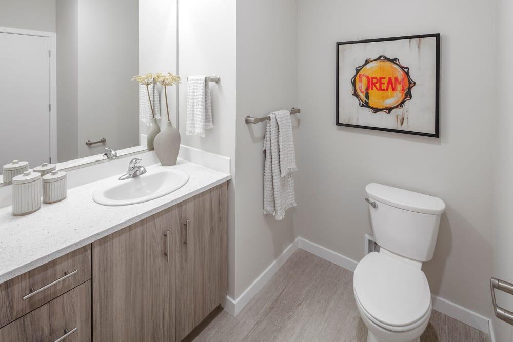 Clean bathroom at Division Terrace in Portland, Oregon