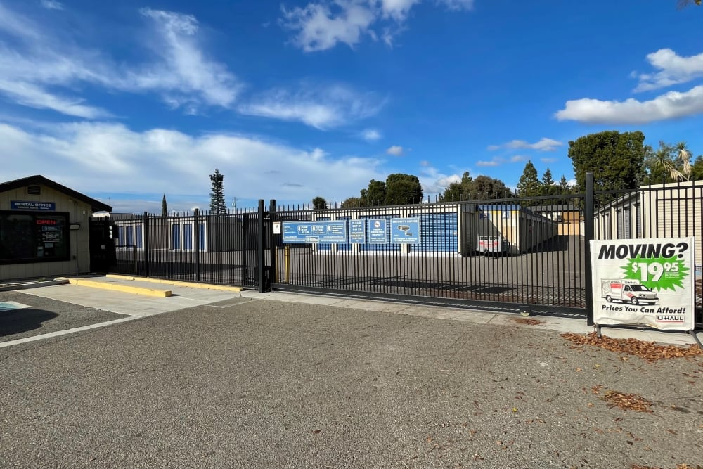 Gated entrance to Storage Solutions in Manteca, California