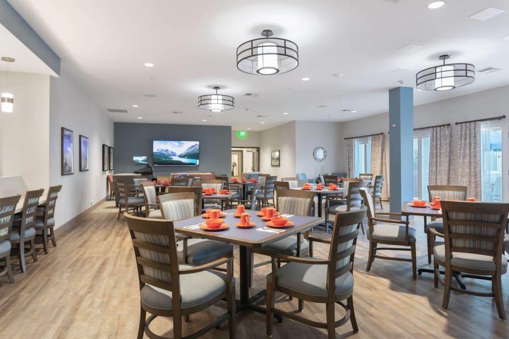dining area at WellQuest of Elk Grove in Elk Grove, California