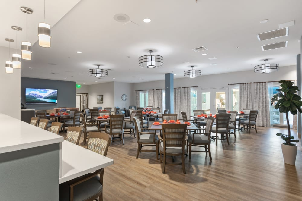 large dining area at WellQuest of Elk Grove in Elk Grove, California
