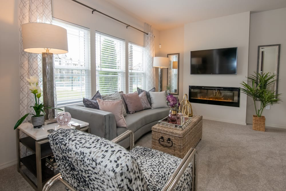 Living room decorated very modern at Artisan Crossing in Norman, Oklahoma