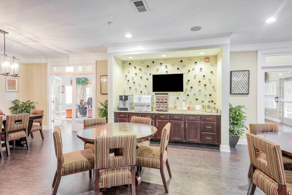 Clubhouse lounge area at Oasis at Montclair Apartments in Dumfries, Virginia