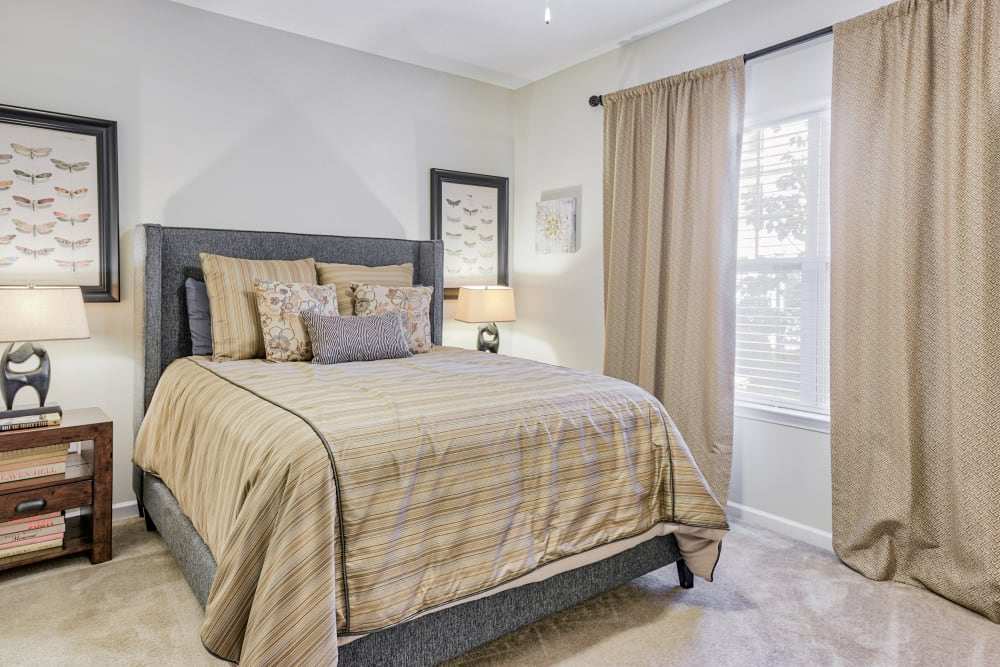 Large bedroom at Oasis at Montclair Apartments in Dumfries , VA