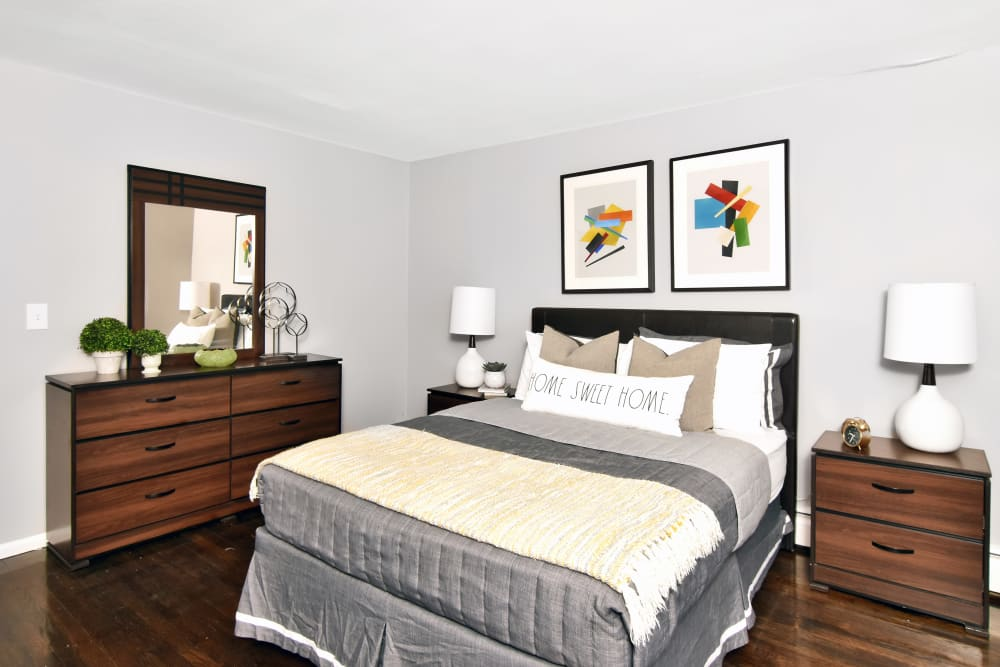 Bedroom at Encore 99 in East Haven, Connecticut
