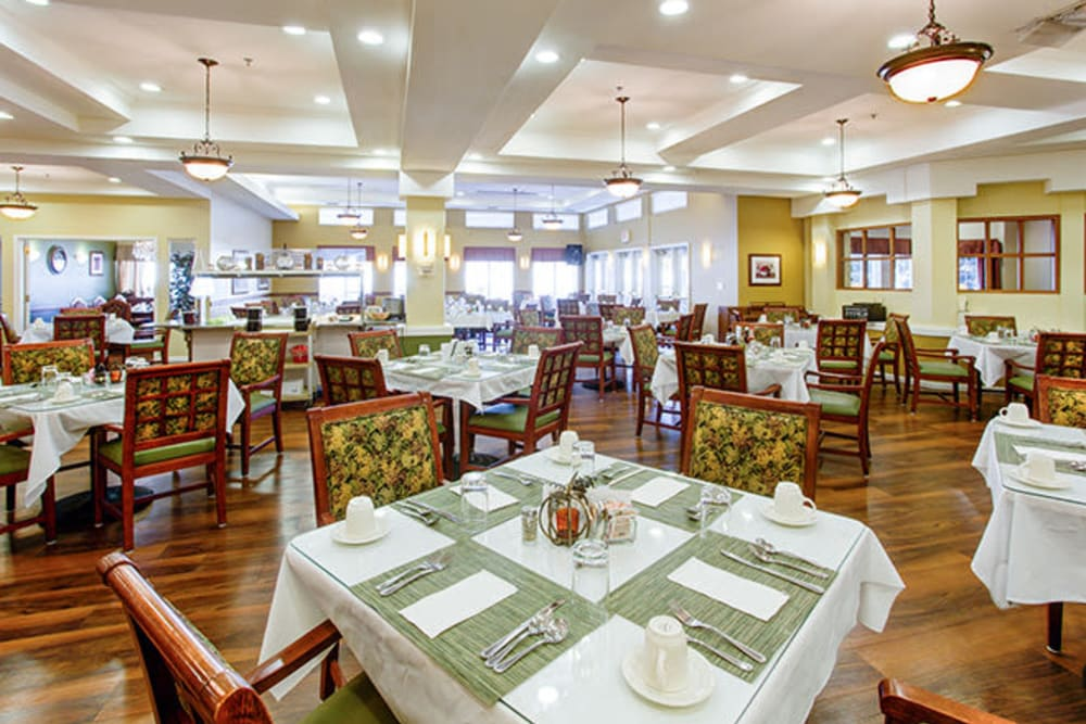 Restaurant-style dining tables at The Iris Senior Living in Great Falls, Montana