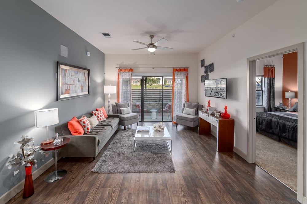 Apartment Living Room | Axis 3700 Apartments Plano, TX