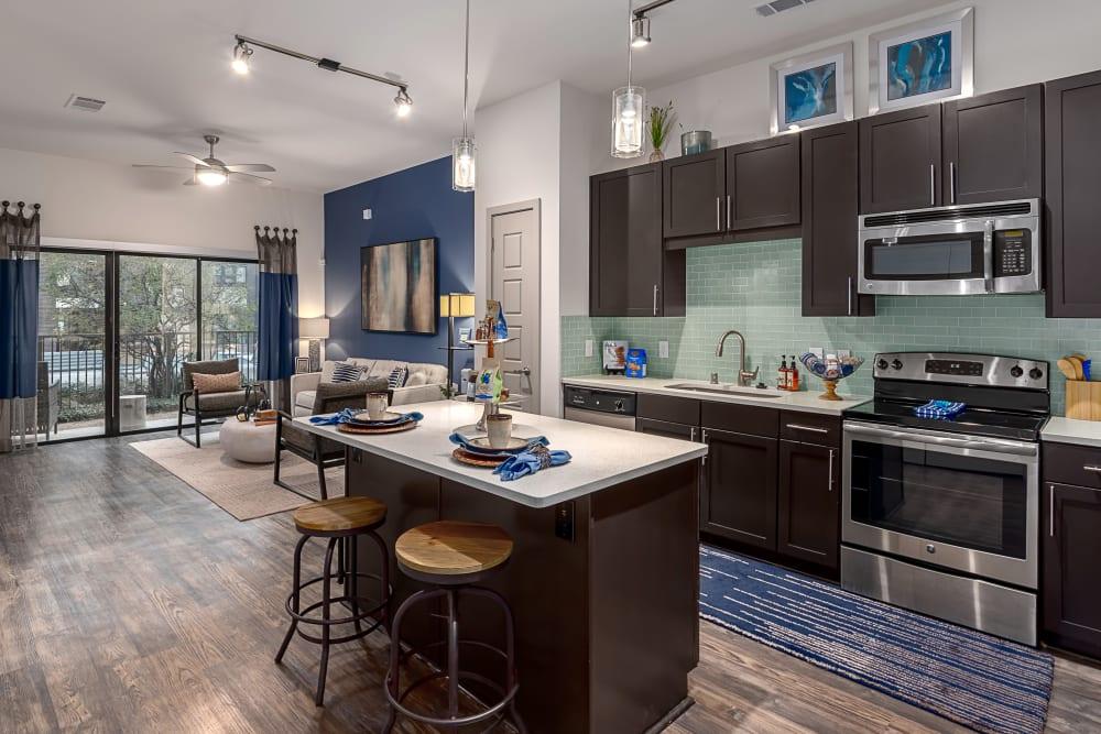 Luxury Apartment | Axis 3700 Apartments Plano, TX