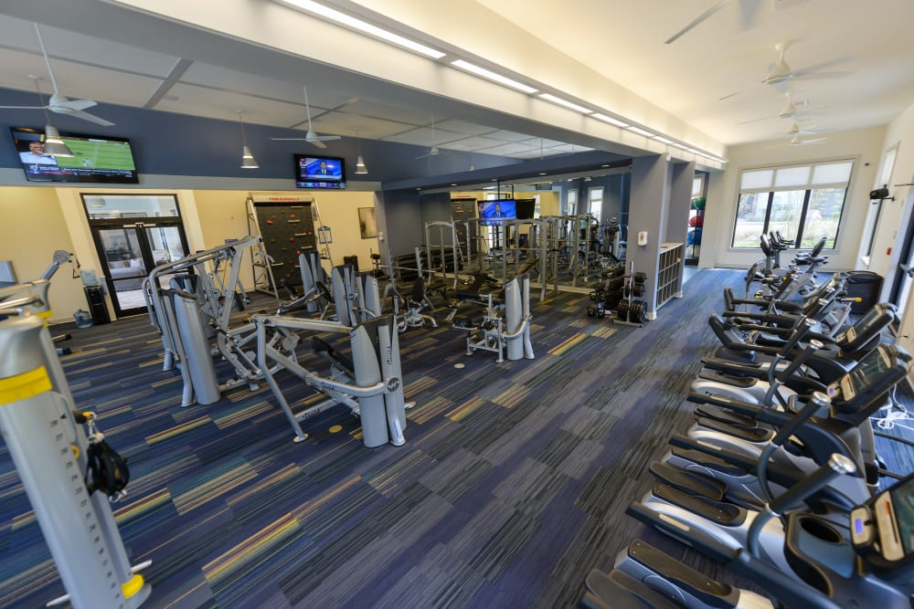 Indoor gym work out equipment at Cabana Club and Galleria Club in Jacksonville, FL