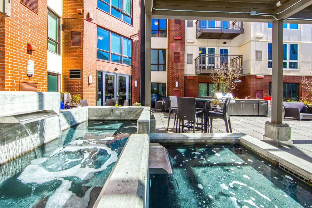 Outdoor private courtyard at The Meyden in Bellevue, Washington