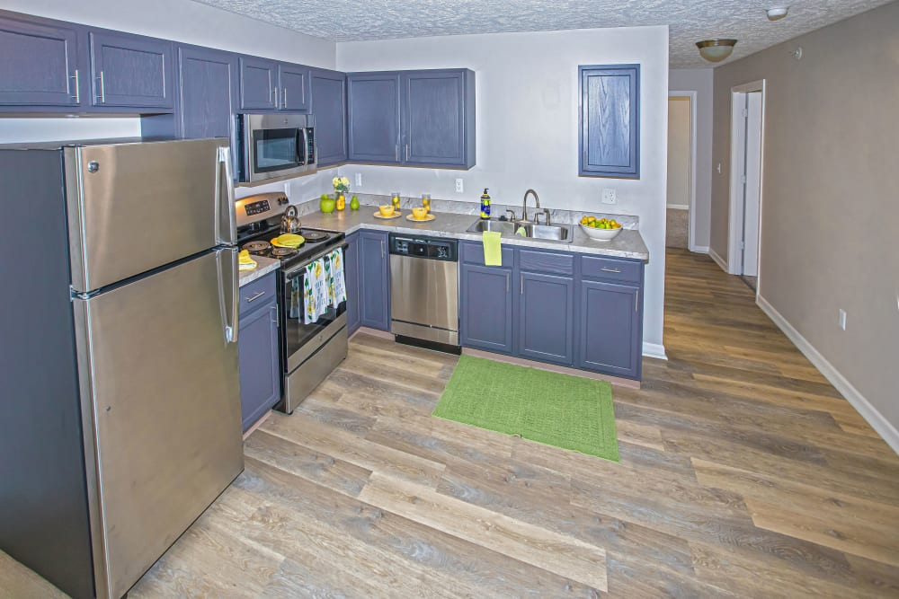 A kitchen with a microwave at Silver Lake Hills in Fenton, Michigan