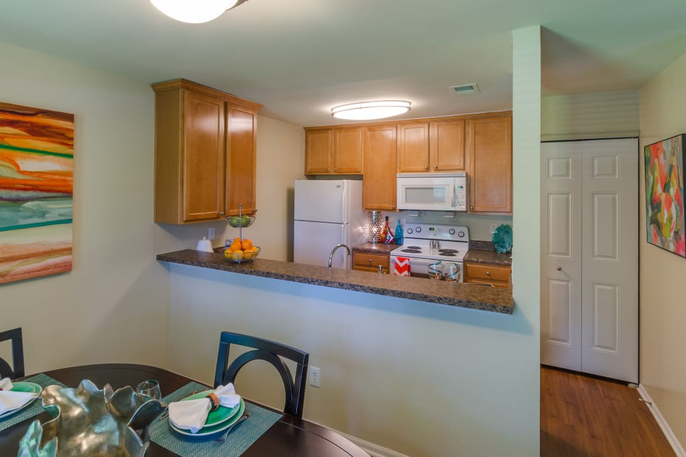 Modern kitchen at Eagle Rock Apartments at Columbia in Columbia, Maryland