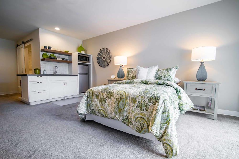 A spacious resident bedroom at Park Visalia in Visalia, California