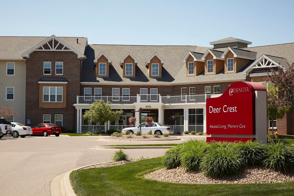Welcome to Deer Crest Senior Living in Red Wing, Minnesota