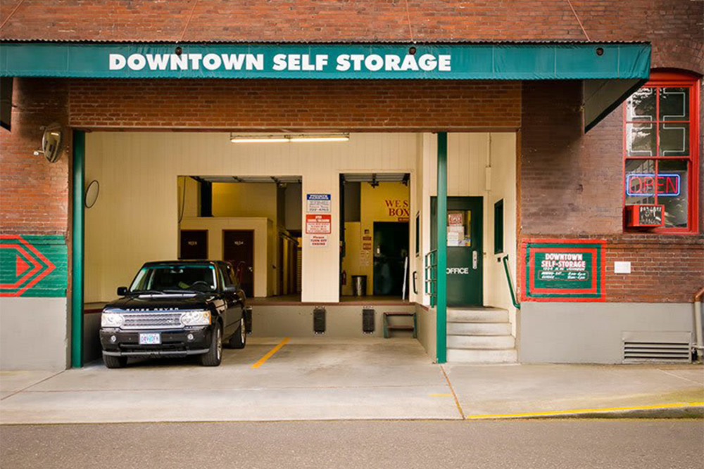 A covered loading and unloading area at Downtown Self Storage - Johnson Street in Portland, Oregon