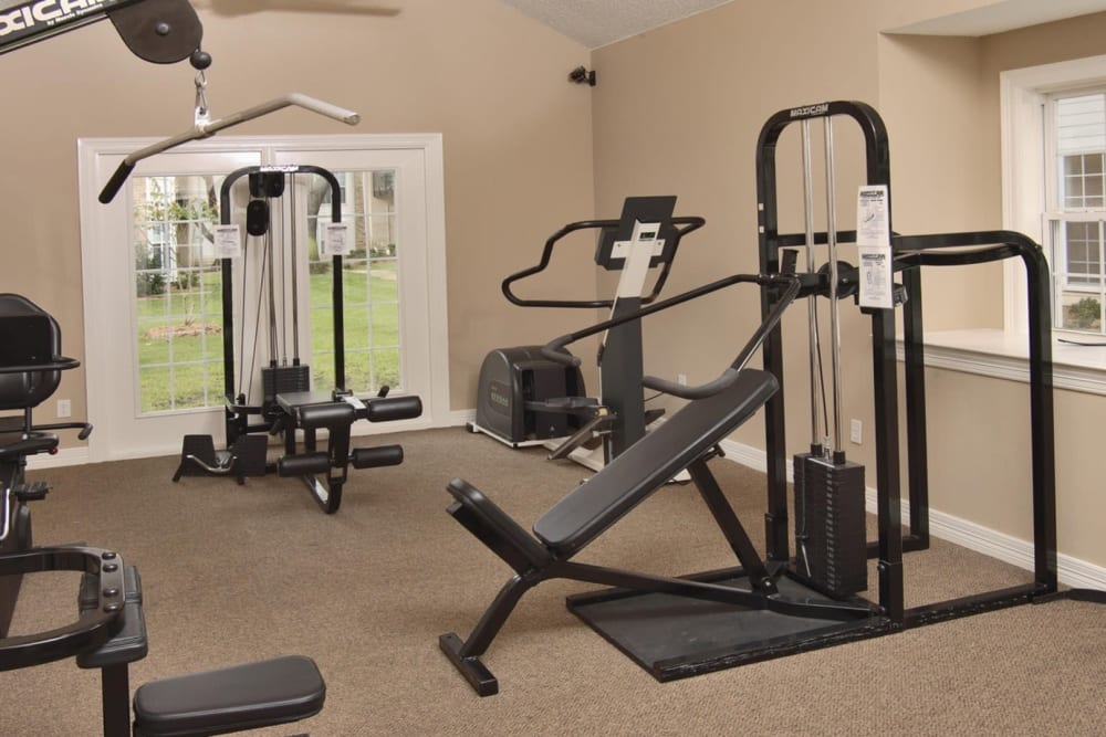 Fitness center at Grand Seasons Apartment Homes in Dallas, Texas