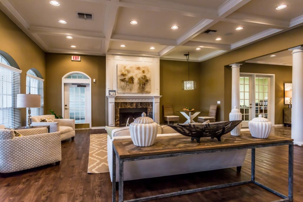 Clubhouse at River Walk Apartment Homes in Shreveport, Louisiana