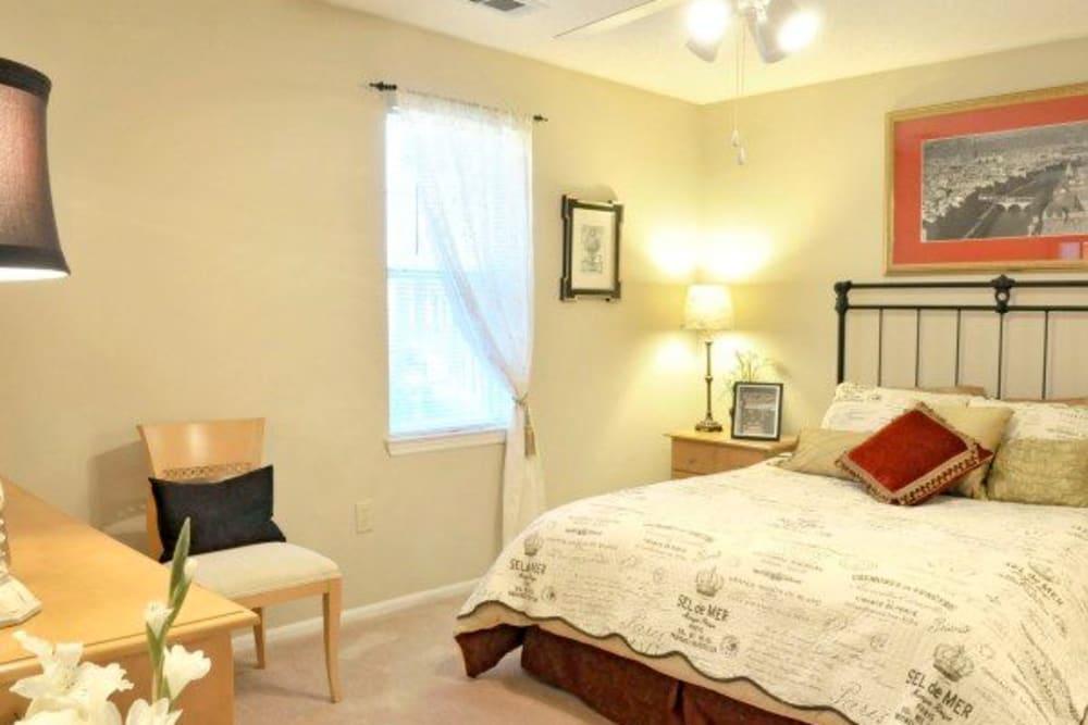 Bedroom at Rivoli Run Apartment Homes in Macon, Georgia