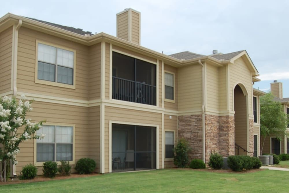 Apartment building at Stockwell Landing Apartment Homes in Bossier City, Louisiana