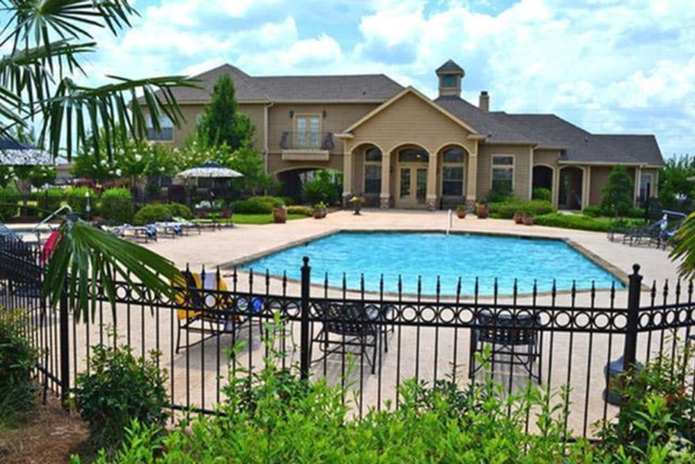 Swimming pool at Stockwell Landing Apartment Homes in Bossier City, Louisiana