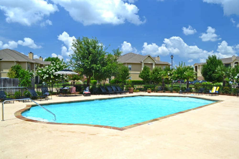 Sparkling pool at Stockwell Landing Apartment Homes in Bossier City, Louisiana
