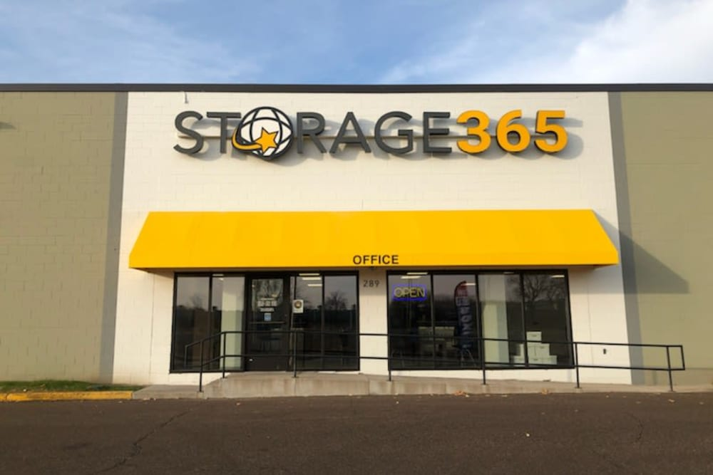 Exterior of the front of Storage 365 in St. Paul, Minnesota