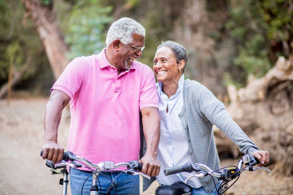 Residents on a fun bike ride near Park Place Senior Living in Sacramento, California