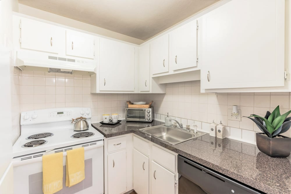Kitchen with granite counters at Park Village West in Westborough, Massachusetts