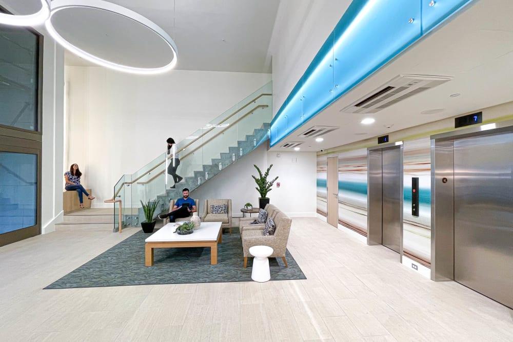 Conveinent amenities at Hillsborough Plaza Apartments in San Mateo, California