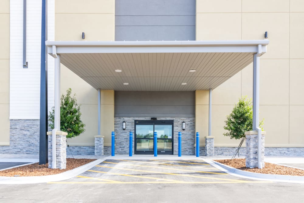 The front of the building at Atlantic Self Storage in Jacksonville, Florida