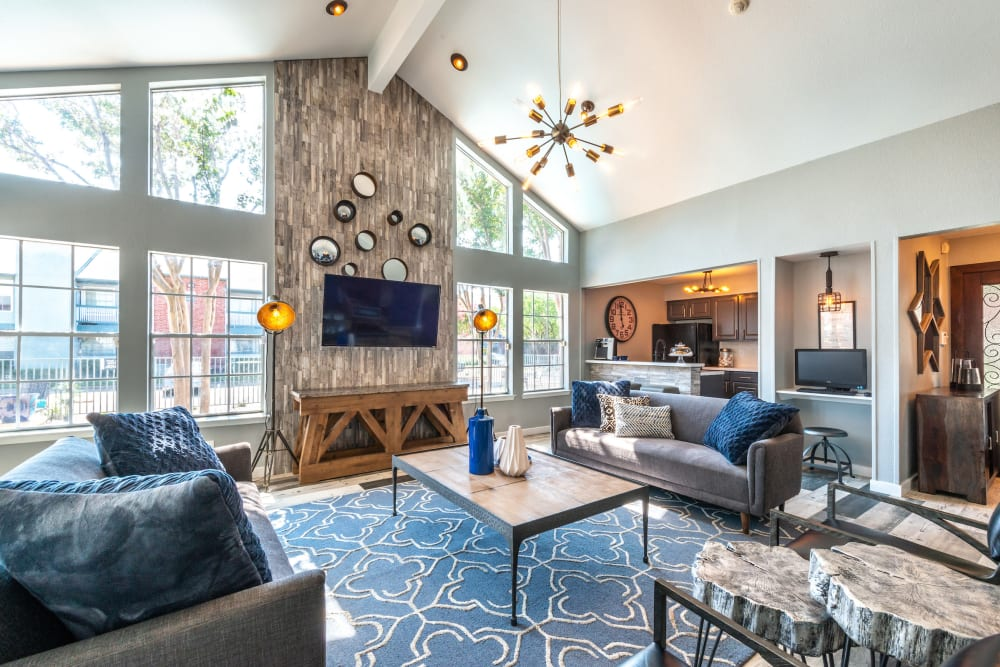 Clubhouse lounge area at Lane at Towne Crossing in Mesquite, Texas