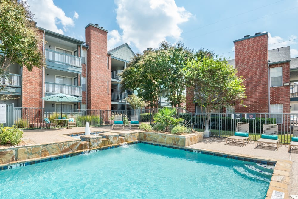 Sparkling swimming pool at Lane at Towne Crossing in Mesquite, Texas