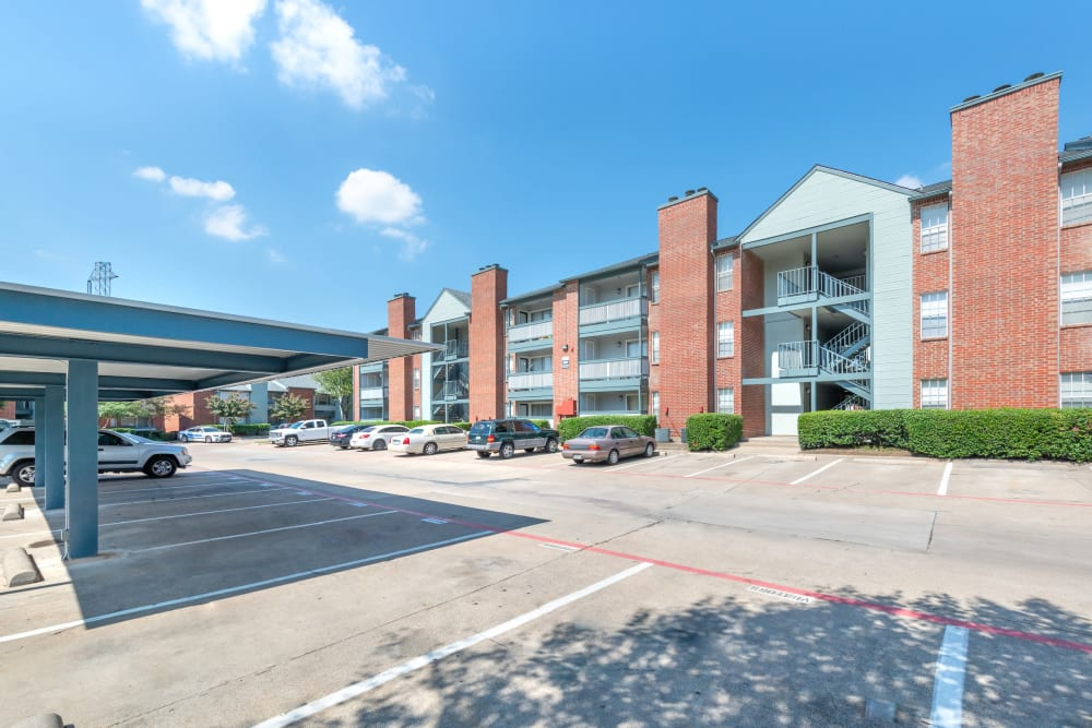 Exterior of Lane at Towne Crossing in Mesquite, Texas