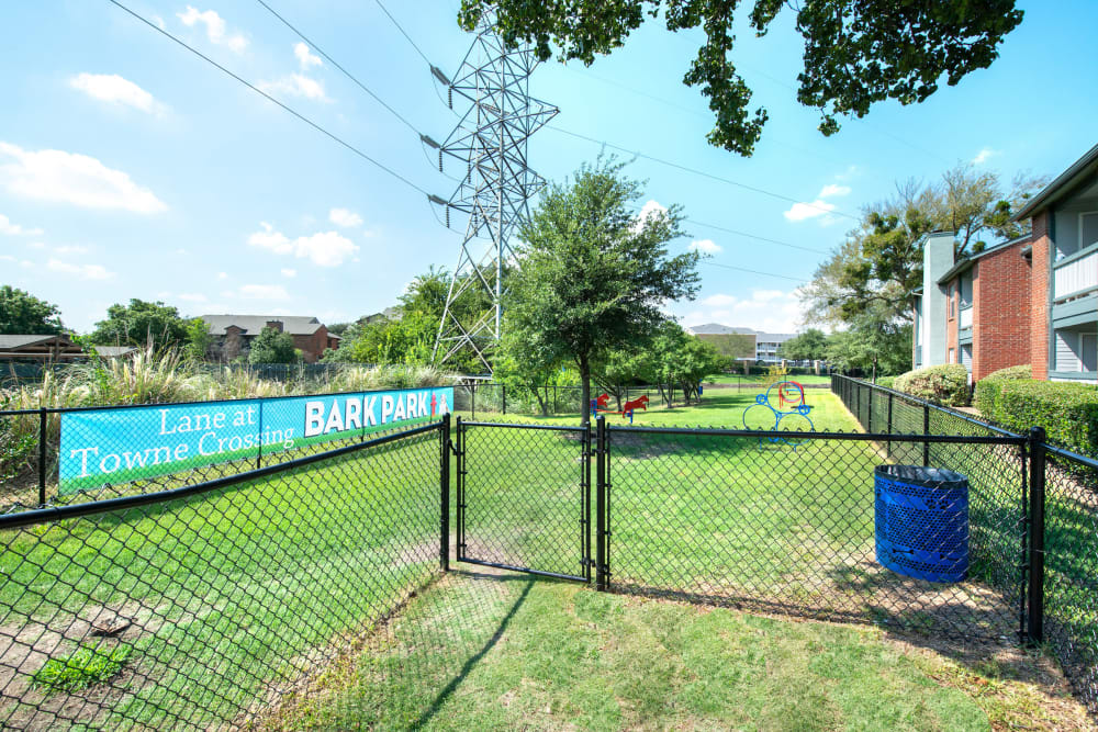 Onsite dog park at Lane at Towne Crossing in Mesquite, Texas