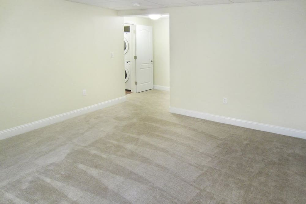 Empty carpeted bedroom ready for move in at Eagle Rock Apartments at West Hartford in West Hartford, Connecticut