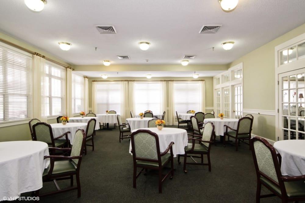 Spacious dining room at Chesapeake Place Senior Living in Chesapeake, Virginia