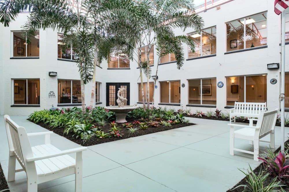 Courtyard at Grand Villa of Sarasota
