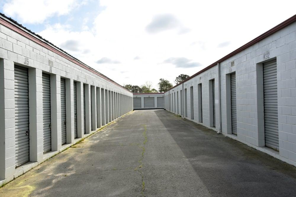 Wide driveway smaller storage units at StayLock Storage in Warner Robins,GA