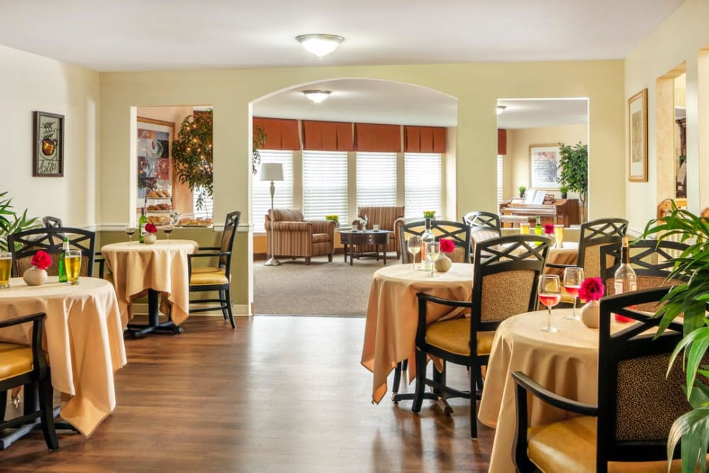 The dining room at Pacifica Senior Living Sterling in Sterling, Virginia