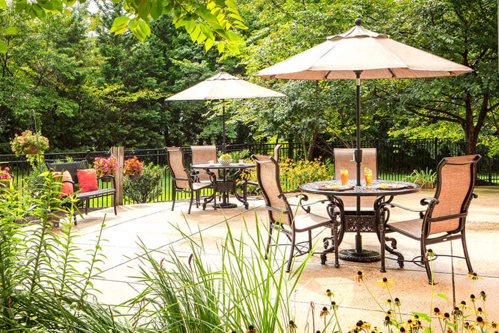 The patio at Pacifica Senior Living Sterling in Sterling, Virginia