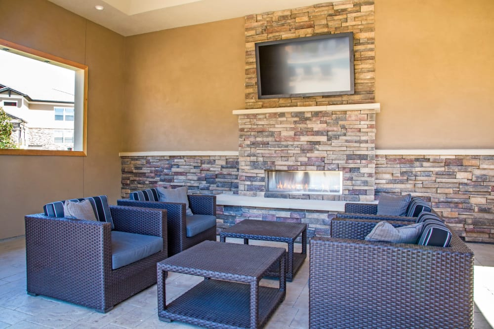 Outdoor lounge at Waterford Trails in Spring, Texas