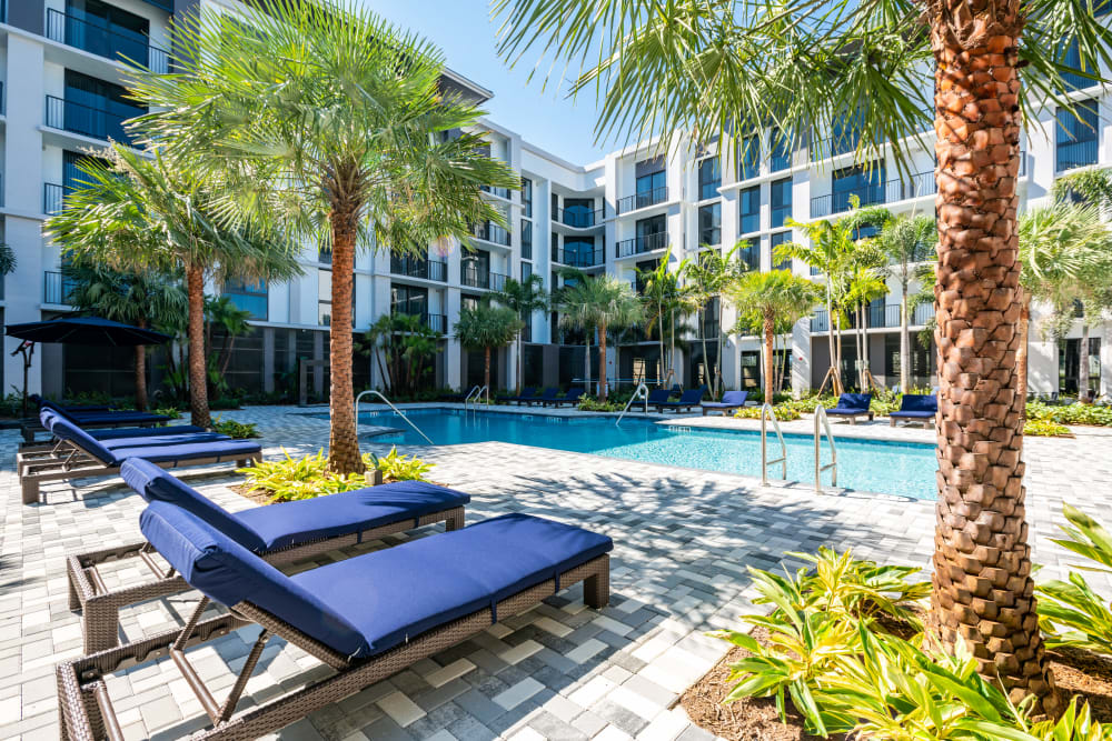 Luxurious swimming pool at Solera at City Centre in Palm Beach Gardens, Florida