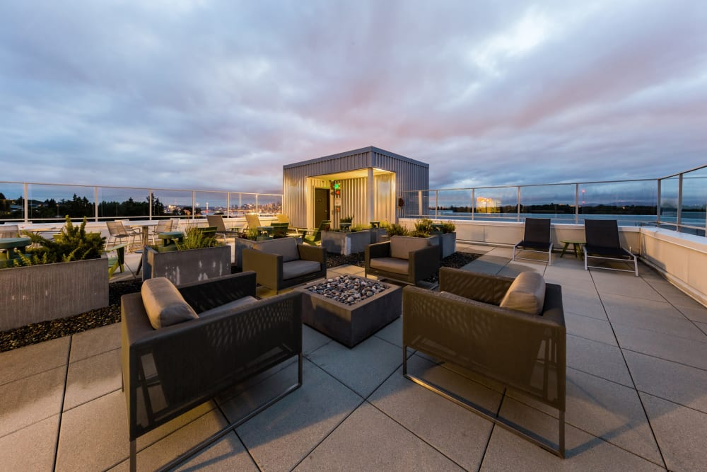 Outdoor rooftop lounge at Marq West Seattle in Seattle, Washington