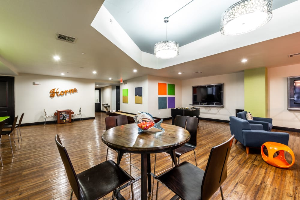 Community dining area at Regents West at 24th in Austin, Texas