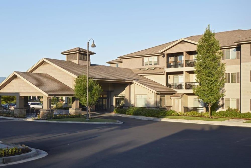 Entrance of upscale senior living facility at The Springs at Veranda Park in Medford, Oregon