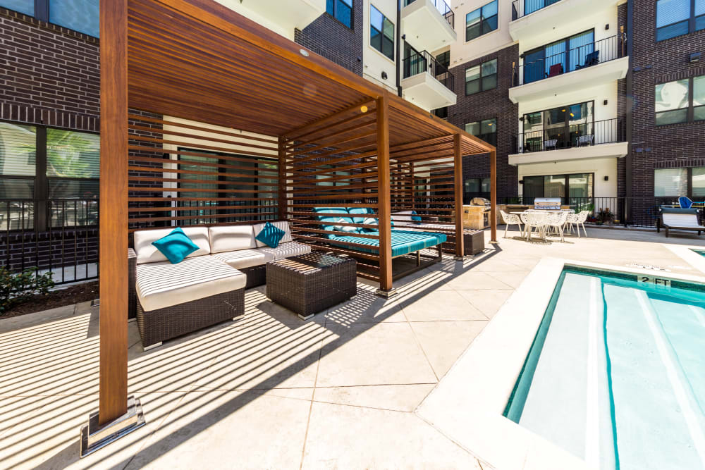 Outdoor poolside lounge at Marq 31 in Houston, Texas