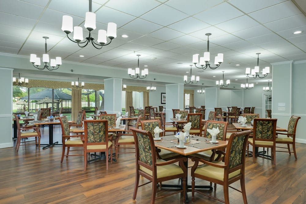 Dining hall at Grand Villa of Clearwater