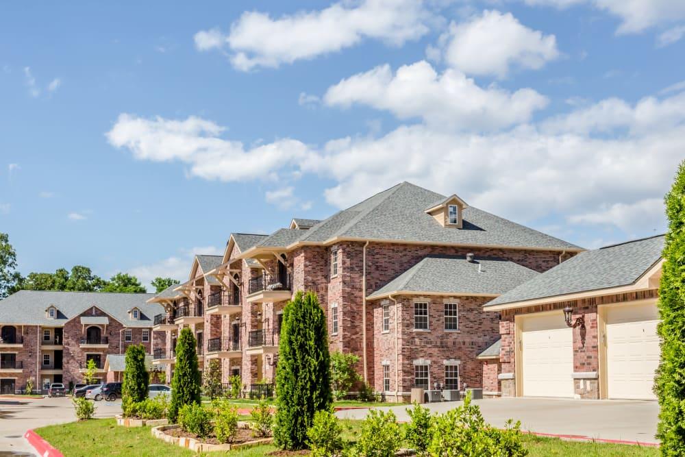 Building exterior of Arlo Luxury Apartment Homes in Little Rock, Arkansas
